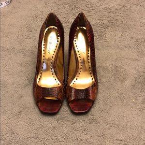 BCBGirls Textured Heels-Offer/Bundle to Save